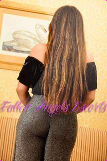 Layla, Cardiff, South Wales Escort