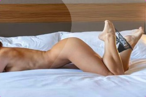 Sienna, Swansea, White british Escort